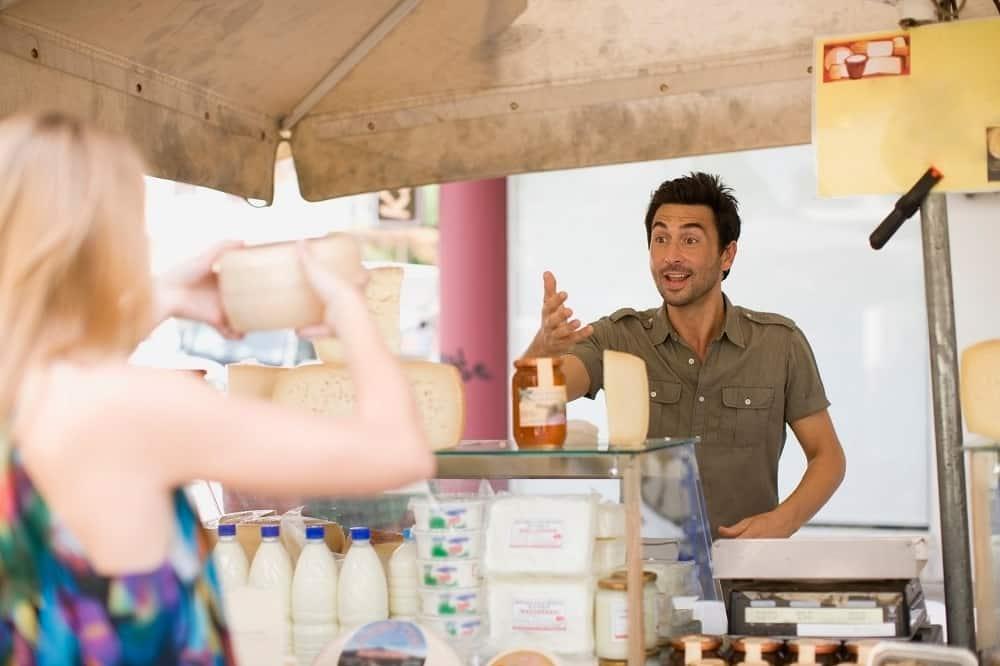 Vendeur fromages marchés
